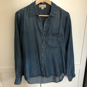Cloth & Stone chambray shirt EUC